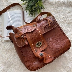 VINTAGE Handtooled Saddle Mexican Floral Horse Bag